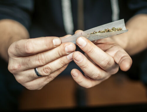How To Roll Joints That Will Impress All Your Friends